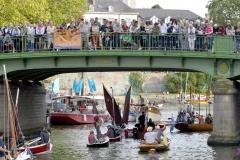 Les Rendez-vous de l'Erdre festival jazz musique et belle plaisance rivière la parade des bateaux et voiliers du patrimoine fluvial sur la rivière pont Saint-Mihiel culture patrimoine  *** Local Caption *** bestrd